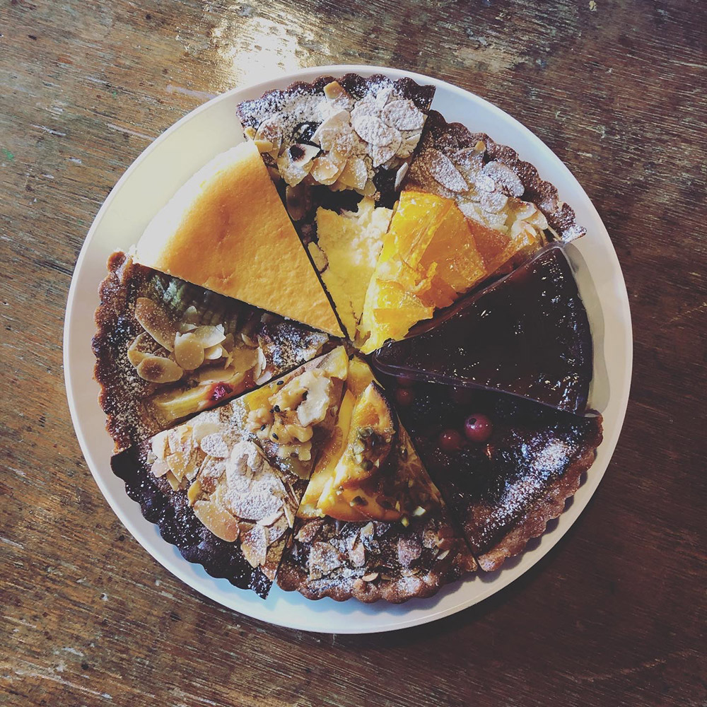 泉が丘喫茶室 ケーキ